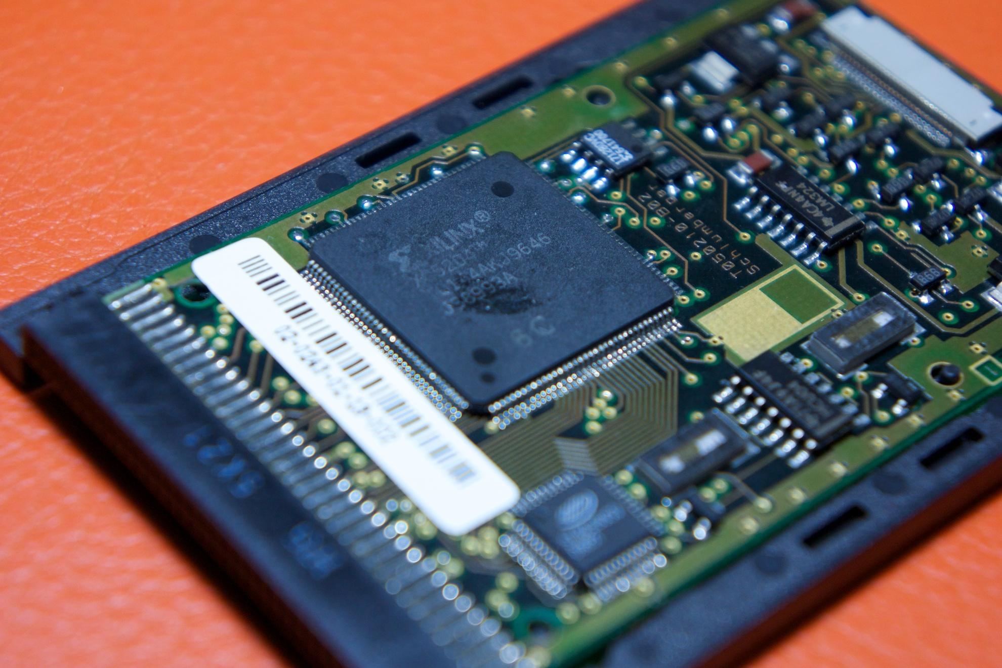 Une partie de l'électronique de Schlumberger, au format carte PCMCIA